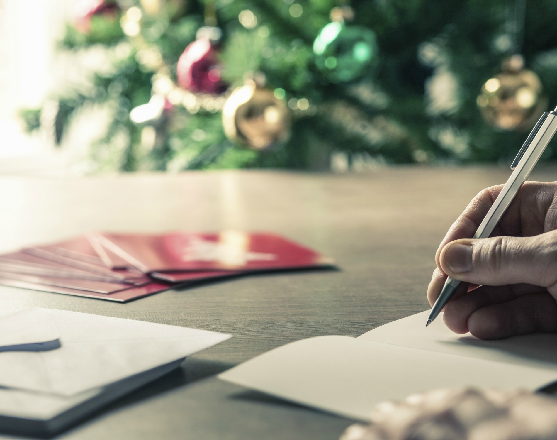 Common Grammar and Typing Errors When Writing Christmas Thank You Cards